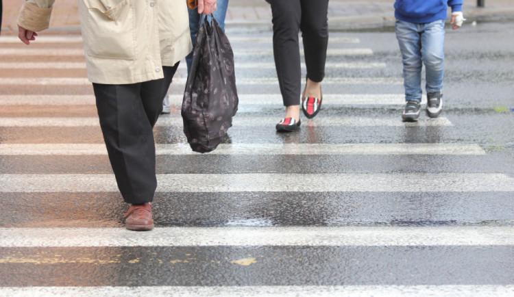 Během soboty došlo v Brně ke třem nehodám auta s chodci během jediné hodiny