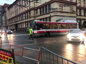 Kounicova ulice je po úniky plynu opět průjezdná pro auta. Omezení trvalo přes dva týdny
