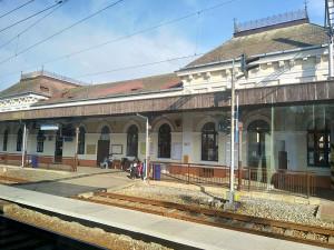 Na jižní Moravě skončí příští rok opravy čtyř nádražních budov