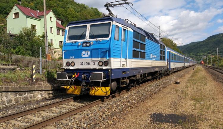Železničáři hrozí na jižní Moravě stávkou, důvodem je neuznání režijních jízdenek