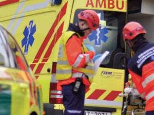 V Pohořelicích zemřelo po pádu z prvního patra čtyřtýdenní miminko