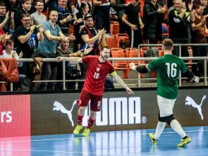 SESTŘIH: Češi v Brně válí! Futsalisté porazili Rumunsko 4:0 a jsou blízko postupu na mistrovství světa