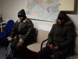 FOTO/VIDEO: Celníci v sobotu zadrželi u Lanžhota další dva běžence