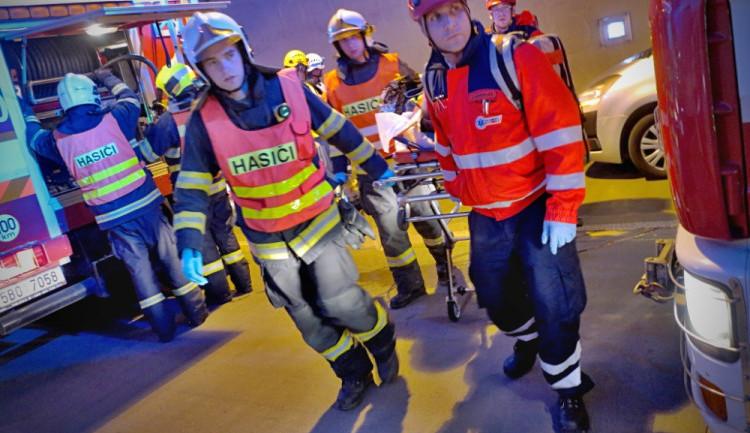 Jihomoravští hasiči loni vyjížděli v průměru každých 29 minut a zachránili téměř dva tisíce osob a zvířat