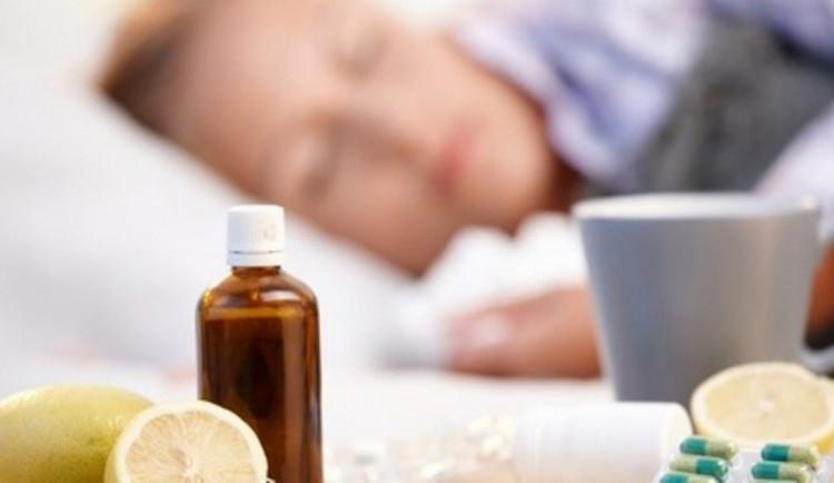 Epidemie chřipky na jihu Moravy stále trvá, dva lidé už zemřeli