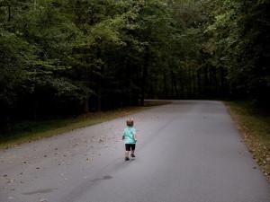 Ženě se v Brně ztratil čtyřletý chlapec. Od brněnských strážníků dostal rady do života