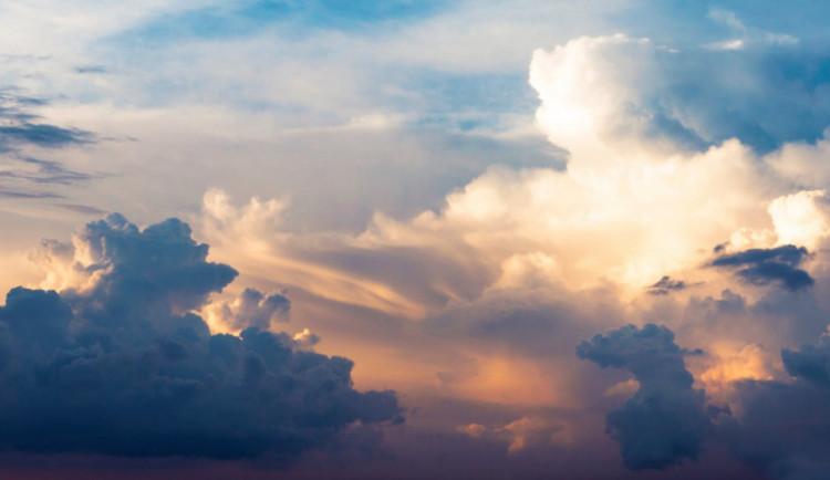 POČASÍ NA ČTVRTEK: Slunce na nebi a přes den teploty mezi pěti a deseti stupni