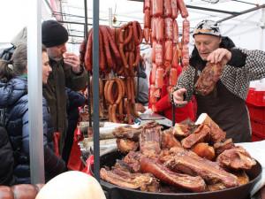 FOTO: Slavnosti moravského uzeného na hradě Veveří navštívilo o víkendu 5 tisíc lidí