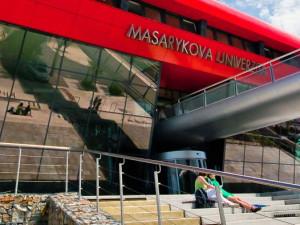 Masarykova univerzita prodloužila přerušení výuky až do poloviny dubna
