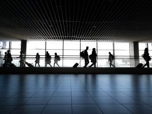 České hranice a cestování do zahraničí může stát omezit i na rok nebo dva, prohlásil dnes Prymula