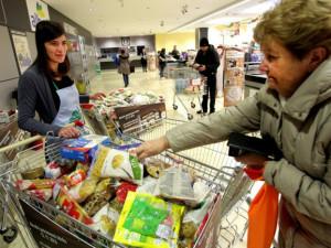 Magistrát uspořádal potravinovou sbírku, Brňáci vybrali téměř půl tuny potravin pro lidi v nouzi