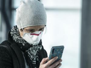 Podvodníci nabízeli na fiktivním e-shopu ochranné pomůcky, na napálených vydělali tři čtvrtě milionu korun