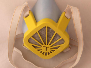 VIDEO: Na VUT vyvinuli ochrannou masku, kterou jde vyrobit na 3D tiskárně z běžných materiálů