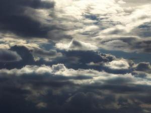 POČASÍ NA PÁTEK: Dopoledne bude hezky, odpoledne přijdou mraky a přeháňky