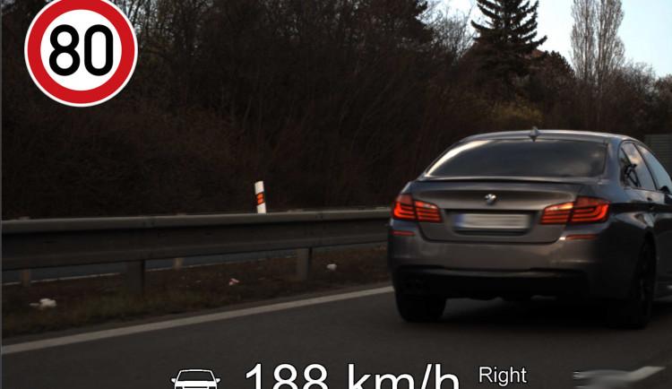 FOTO: Rychle a zběsile Brno. Řidič se proháněl městem rychlostí 188 kilometrů za hodinu