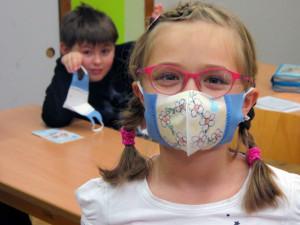 Respilon začne v květnu v Brně vyrábět denně 100 tisíc ústenek zachycující koronavirus