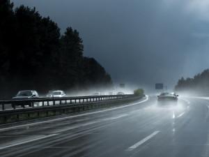 POČASÍ NA NEDĚLI: Přes den zaprší a výrazně se ochladí