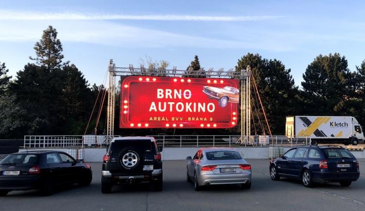 Na výstavišti startuje tento týden první brněnské autokino. Nabídne Vlastníky nebo Terminátora