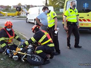 Během včerejška vyjížděli záchranáři šestkrát k nehodám motorkářů, dvě z nich byly smrtelné