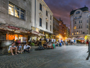 Brno-střed nebude letos vybírat poplatek za zahrádky restaurací