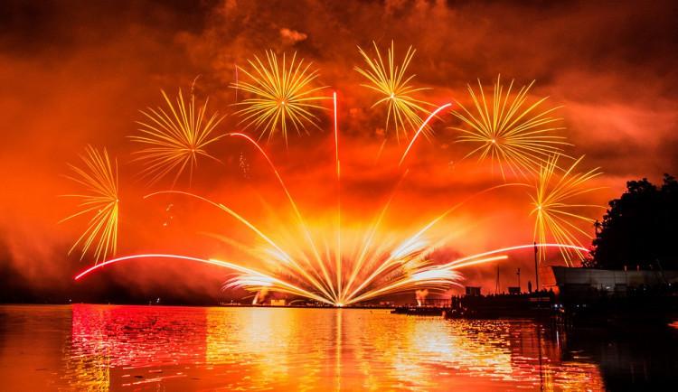 Prýgl letos bez ohňostrojů. Festival IGNIS BRUNENSIS letos až v srpnu a bez soutěže nad přehradou