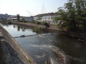 Teplárny protáhnou v Brně horkovod dnem řeky Svratky