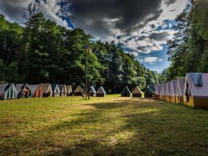 Nejlepší prevence proti koronaviru? Když děti na táboře stráví týden či dva v lese, říká brněnský ředitel