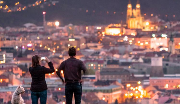 POLITICKÁ KORIDA: Jaké kroky by mělo Brno podniknout pro podporu svých obyvatel a podnikatelů zasažených koronavirem?