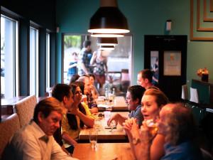 Téměř čtvrtina restaurací podle dat po karanténě už znovu neotevřela