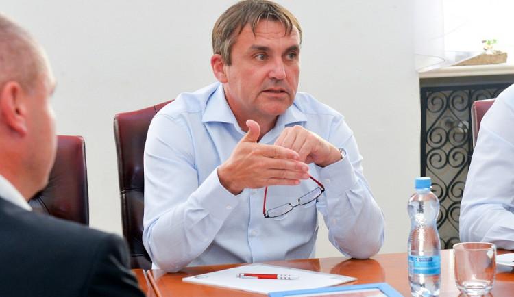 Bývalý primátor Vokřál končí v hnutí ANO. Organizace je prý propojená s podsvětím