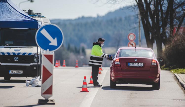 Přes hraniční přechod Břeclav-Kúty už mohou Češi jet na Slovensko
