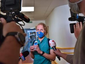 VIDEO: Republikový unikát. Nevidomý chlapec z Brna si díky mobilní technologii sám dávkuje inzulin