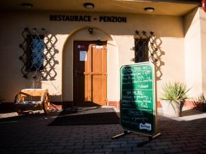 Lidé se po koronaviru chovají mile a jsou plní podpory, říká provozní restaurace Patron