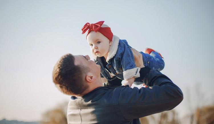 Dnes popřejte svým tatínkům. Den otců se slaví už od roku 1966