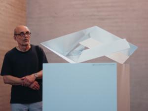 Rytmus ve skle. Na Špilberku začíná výstava Ilji Bílka