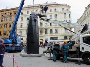 FOTO: Černá chlouba Brna se porouchala, ikonický orloj na náměstí Svobody přestal vydávat kuličky