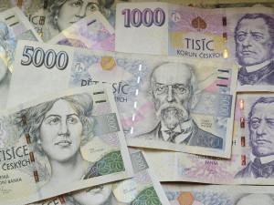 Podvodníci se vydávají za exekutory, ženu obrali o 150 tisíc