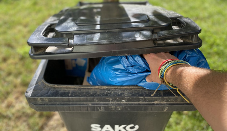 PŘEHLEDNĚ: Poplatky za odpady v Brně. Jak, kdy a kdo všechno musí platit?