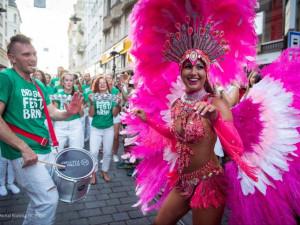 FOTO/VIDEO: Brno se vlní v rytmu brazilské hudby