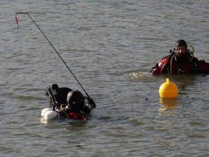 U Hodonína utonul muž, tělo našli potápěči až po pěti hodinách