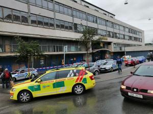 Anonym nahlásil bombu na poště u hlavního nádraží v Brně, provoz vlaků byl přerušen