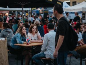 Dvě desítky pivovarů zaplnily centrum Brna. Svoboďák hostí Pivní Festival