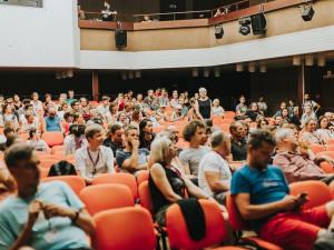 TIPY NA VÍKEND: Kalle nebo Mutanti na Dominikánském náměstí, Pivní festival, Letní filmová škola nebo balkánské rytmy
