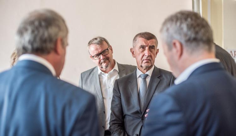 Spolek bojoval před volbami proti Babišovi. Aktivistů se nyní zastal brněnský soud