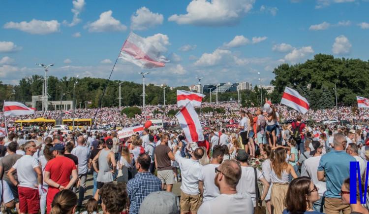 Masarykova univerzita nabídne stipendia a granty nejlepším vědcům a studentům z Beloruska