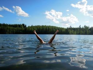 Kvalita vody na přírodních koupalištích jižní Moravy se zhoršila. Kde se ještě dá koupat?
