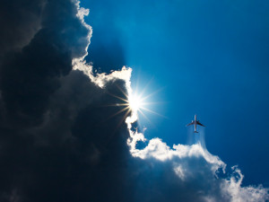POČASÍ NA PONDĚLÍ: Sluníčko se ukáže až během dne, teploty okolo dvacítky