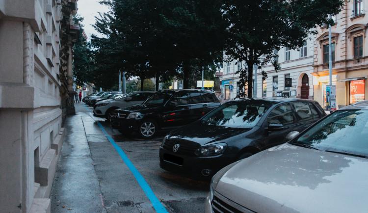 Radní začali řešit situaci na Veveří, uvažují o zrušení několika parkovacích míst