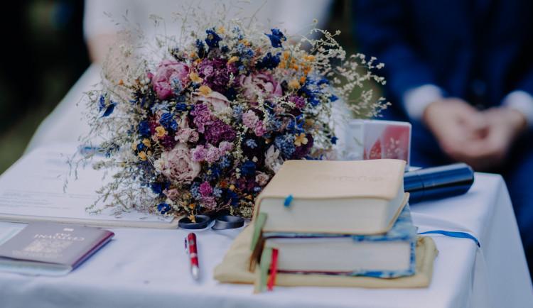 Svatby v době koronaviru. Jak pandemie ovlivnila přípravy?