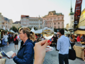 Víno, uzeniny i cimbálka. Na Svoboďáku se konají Slavnosti vína